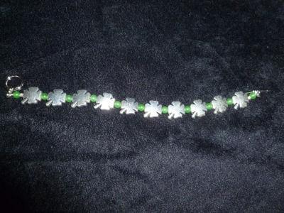 clover_bracelet