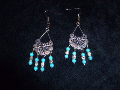 turquoise_chandeliers