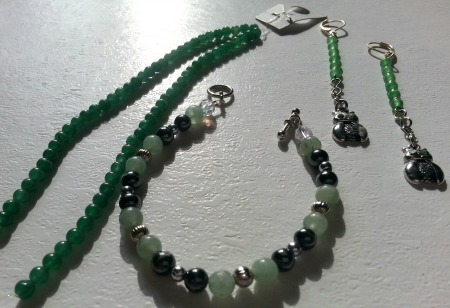 Yep, I made the bracelet and earrings; the stringed 4 mm Aventurine beads await creation